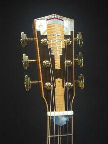 106-peghead-Guitar-Luthier-LuthierDB-Image-10